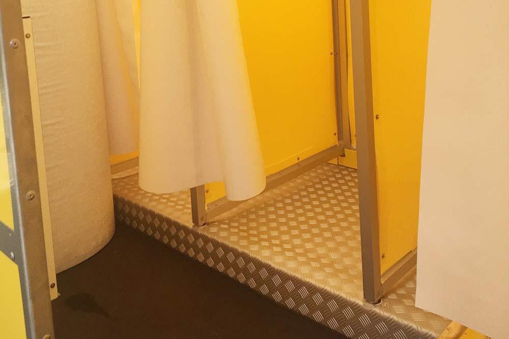 Der kleine Duschtrailer mit 6 Duschplätzen